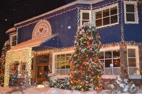 Christmas Lights Keep Shining On Dells Com Blog