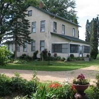 OldCenturyFarmhouse