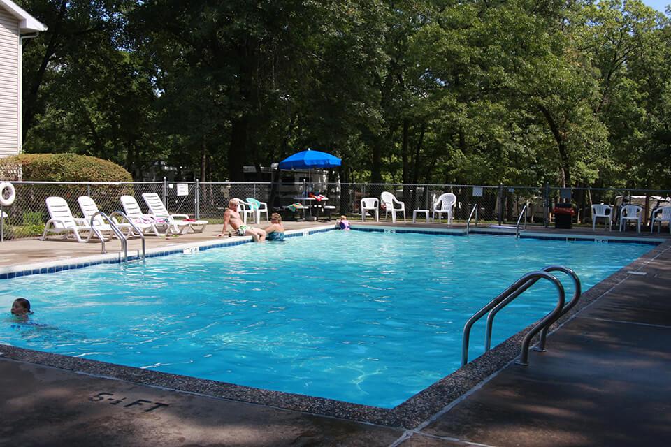Pool 2 Wisconsin Dells