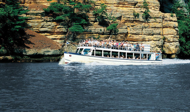 Attraction Highlight: Dells Boat Tours